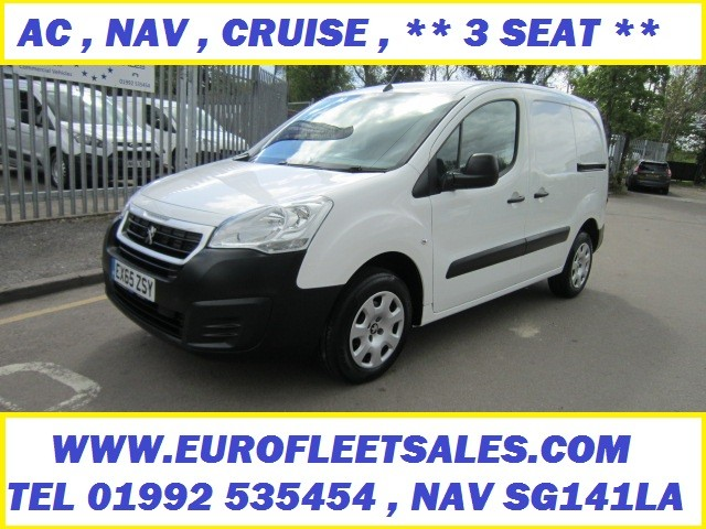 3 SEAT PROFESSIONAL , AC , NAV , CRUISE , PARK ASSIST